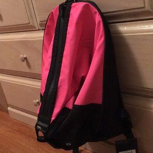 Oakley Rebel Pack 2.0 black and hot pink